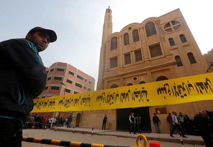 El ataque del viernes en el barrio de Helwan había sido obra de dos agresores. (Excelsior)