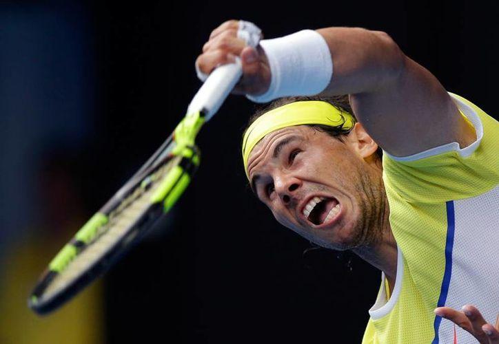 El sembrado número 5 en el Abierto de Australia fue eliminado en la primera ronda del torneo por su compatriota Fernando Verdusco. (AP)