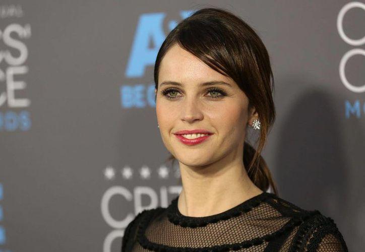 Felicity Jones, nominada al Oscar como mejor actriz, aparecerá en 'Rogue One', spin off de la Guerra de las Galaxias. (metro.co.uk)