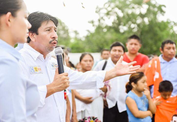 El candidato se ha caracterizado por su honestidad y sencillez ante la ciudadanía. (Cortesía)