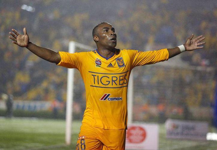 Joffre Guerrón 'renuncia' vía Twitter a Tigres de UANL: no le gustó ser 'banca' en partido contra Chivas de Guadalajara. (Jammedia)