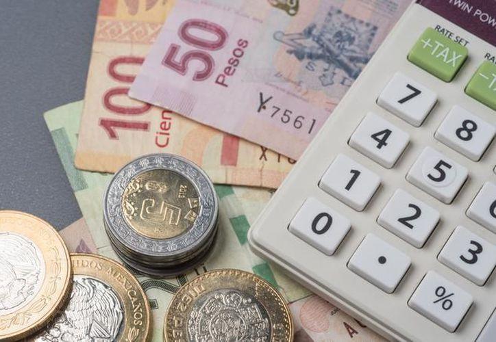 Los diputados de las diversas fracciones parlamentarias avalaron en sus términos el punto de acuerdo sobre el aumento del salario mínimo. (Expansión)