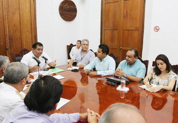 El Grupo de Primera Respuesta del Consejo Estatal de Protección Civil se reunió esta mañana para tomar medidas preventivas, ante los efectos de la onda tropical No. 13. (Cortesía)