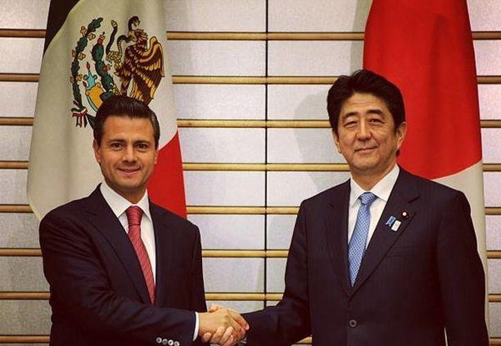 Reunión de Enrique Peña Nieto y el primer ministro de Japón Shinzo Abe. (Presidencia)