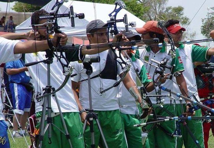 En 2013, el torneo 'Kim Balam' de tiro con arco se efectuó en Pisté, cerca de la zona arqueológica de Chichén Itzá. (Milenio Novedades)