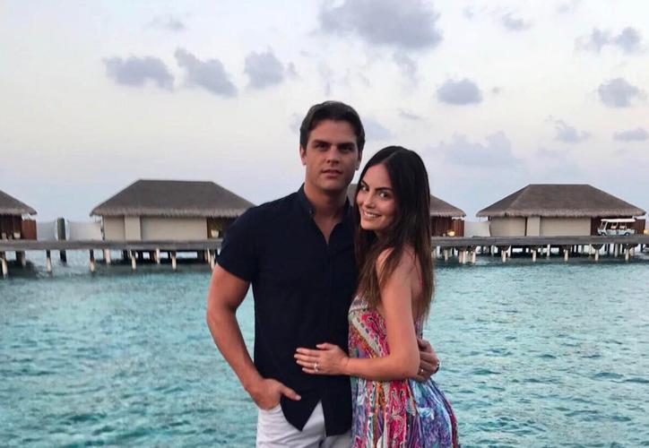 La modelo Ximena Navarrete anunció, durante los primeros días de agosto, que esperaba a su primer hijo. (foto: People)