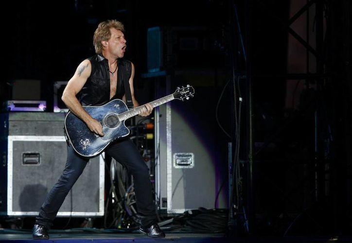 Para poder actuar en Rock in Rio, Bon Jovi llamó de 'bateador emergente' al baterista Rich Scannella. (EFE/Archivo)