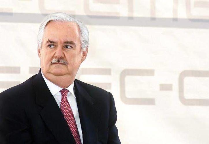El empresario mexicano Lorenzo Zambrano era director general de una de las cementeras más grandes del mundo. (obrasweb.mx)