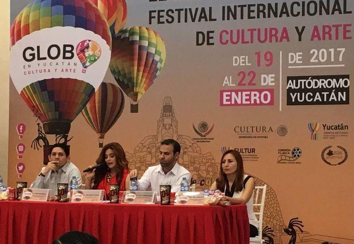 Imagen de la rueda de prensa donde se dio a conocer los pormenores del  Festival Internacional de Cultura y Arte del Globo en Yucatán. (Ana Hernández/Milenio Novedades)