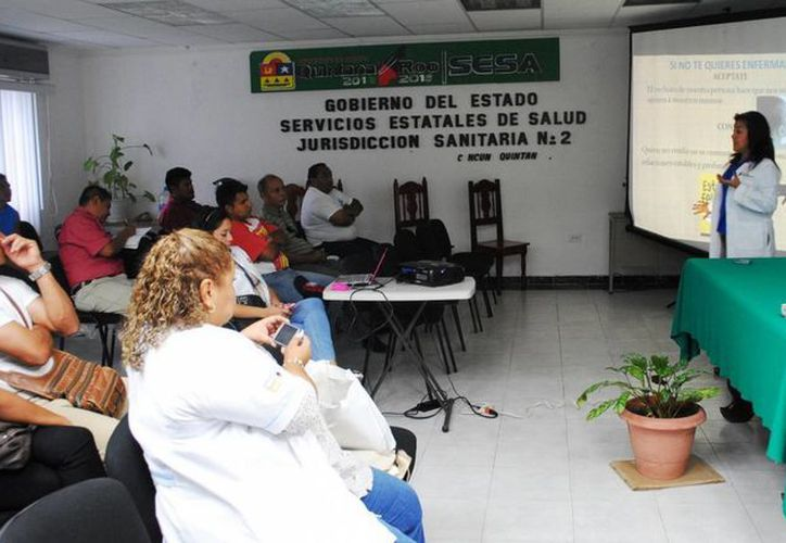 Participó personal de 30 centros de Alcohólicos Anónimos y de ayuda y atención para el tratamiento y rehabilitación de adicciones en Benito Juárez. (Redacción/SIPSE)
