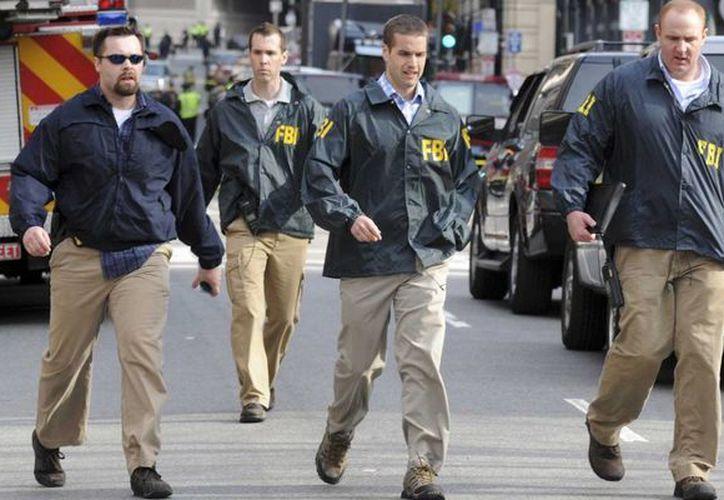 Al FBI le cuesta alrededor de 16 millones de dólares diarios pagar la nómina. (Archivo/Reuters)