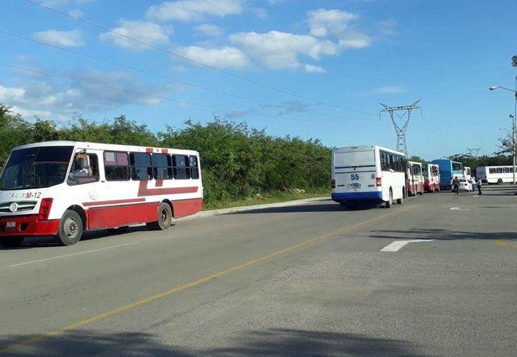 Destacan que las unidades de Amotac cuentan con seguro de viajero. (Foto: Facebook)