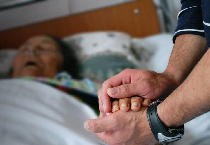 Holanda, primer país que legalizó la eutanasia en 2001, podría convertirse en el pionero que amplía el campo de aplicación de la llamada 'muerte dulce'. (El Espectador)