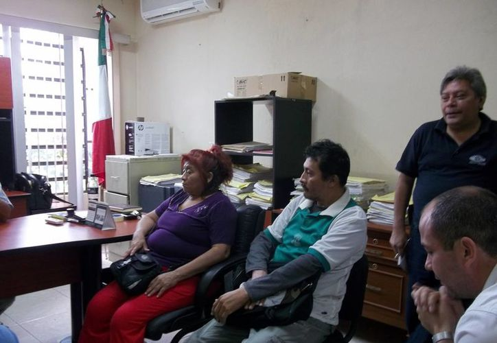 Los dueños de la tortillería de Polígono 108 no están de acuerdo con lo que les ofrece la gasera Tomza por reparación del daño de la explosión. (SIPSE)