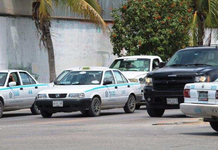 La avenida 115 fue cerrada al mediodía del pasado jueves. (Octavio Martínez/SIPSE)