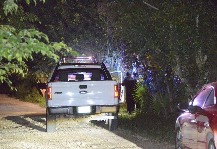 La camioneta robada fue recuperada en el asentamiento irregular Tres Reyes.(Redacción/SIPSE)