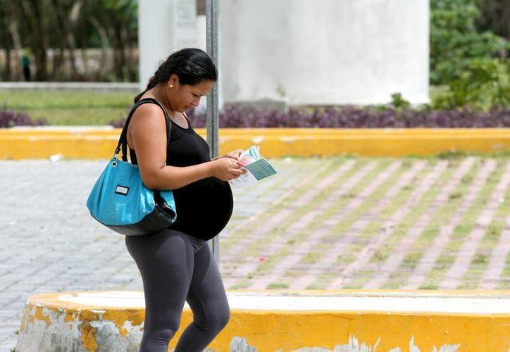 Durante el embarazo, las mujeres son más susceptibles de padecer diabetes, advierte el IMSS.  (Daniel Pacheco/SIPSE)