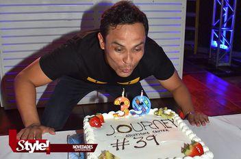 Celebran el cumpleaños de Aldo Vidal