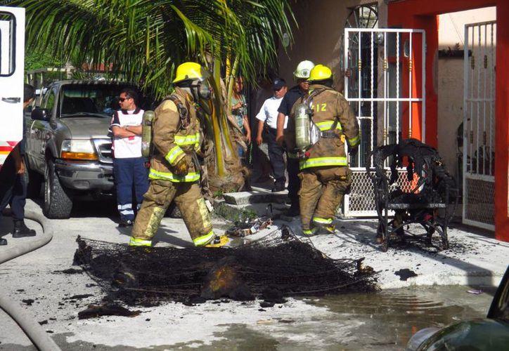 Los daños por el incendio fueron calculados en 6 mil pesos. (Redacción/SIPSE)