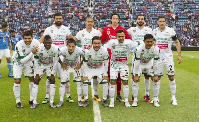 El equipo de los Jaguares de Chiapas faltó a su entrenamiento de este miércoles como protesta al incumplimiento salarial por parte del club. Sin embargo, directiva y jugadores habrían llegado a un acuerdo. (Archivo Notimex)