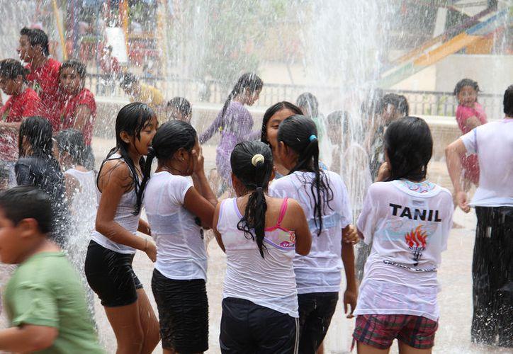 El Parque Acuático de Animaya es una opción para que los niños mitiguen el calor y se diviertan sanamente en estas vacaciones. (Milenio Novedades)