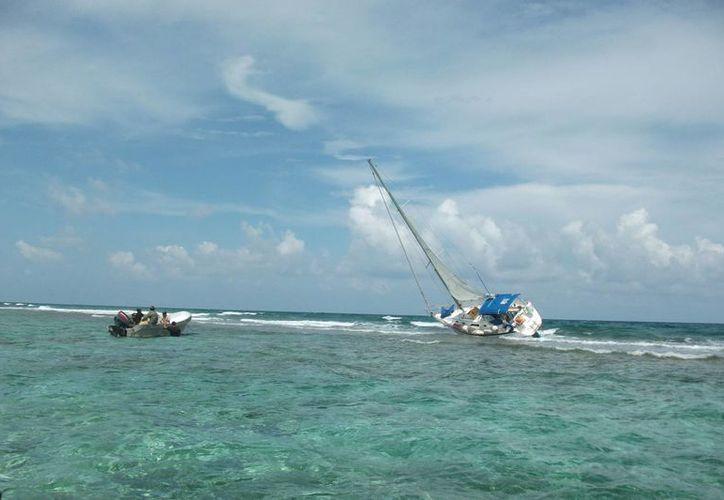 La embarcación dañó 10 colonias de coral ubicadas en un área de 50 metros cuadrados. (Harold Alcocer/SIPSE)