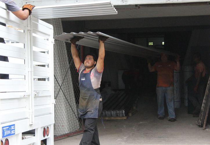 En Q. Roo estaban afiliados al IMSS un total de 414 mil 302 trabajadores, 40 mil 853 empleos más que el año pasado. (Joel Zamora/SIPSE)