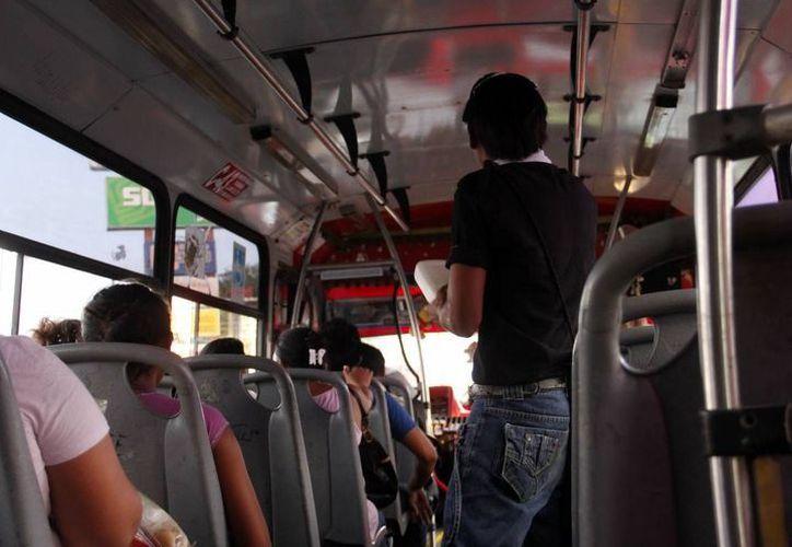 El incidente se presentó en una unidad del transporte público de Mérida. (Imagen ilustrativa/ Milenio Novedades)