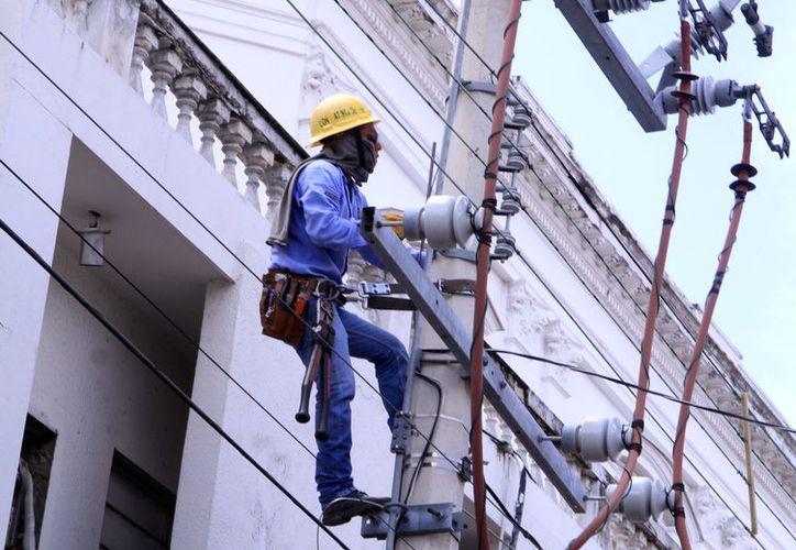 Según estadísticas, los accidentes en centros de trabajo van a la baja (Foto: Milenio Novedades)
