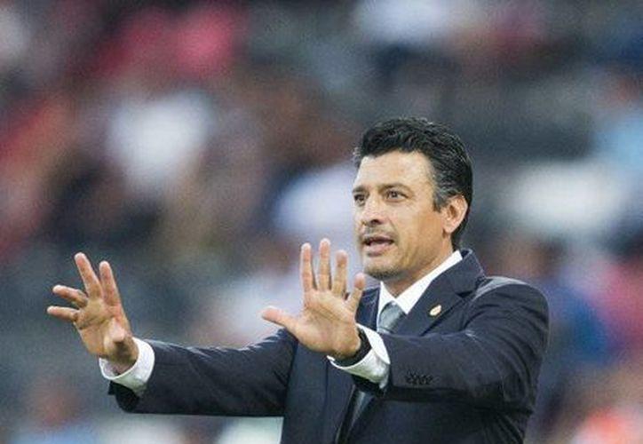 El técnico de México, Sergio Almaguer, durante el encuentro contra Paraguay en el Mundial Sub 20 en Turquía, el pasado 25 de junio. (Agencias)
