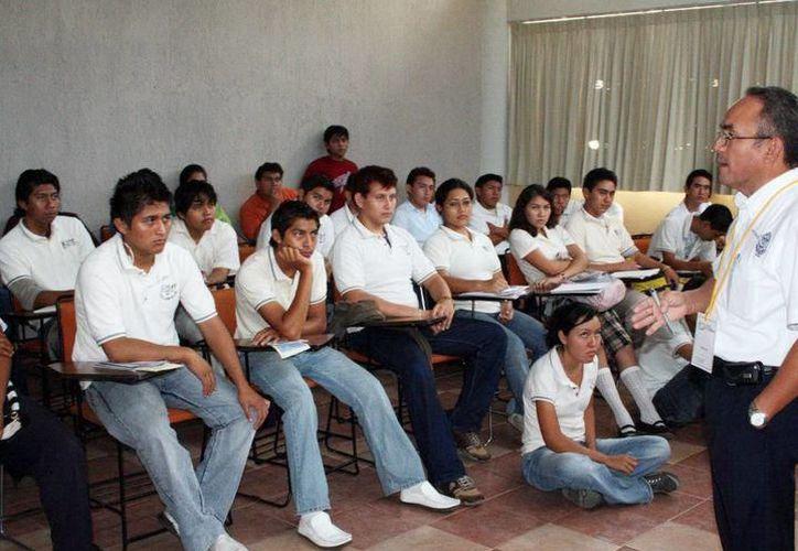 La Uady recibirá 10 millones 179 mil 399 pesos para distribuirse entre su base docente. (Foto: contexto/Internet)