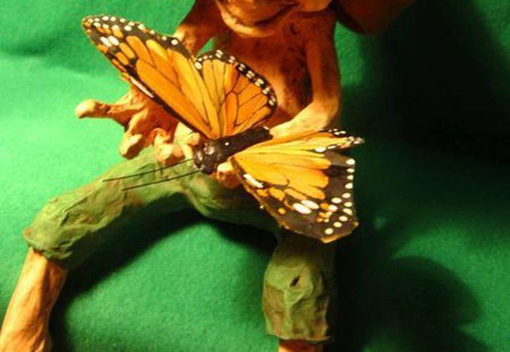 Los chaneques tienen siempre cerca a objetos de la naturaleza como, por ejemplo, mariposas. (Jorge Moreno/SIPSE)