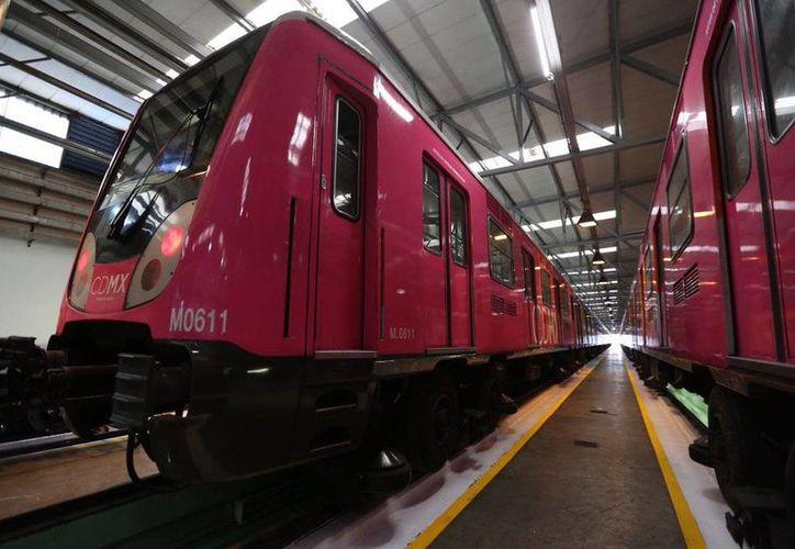 Los nuevos trenes del Metro en los que prueban el pilotaje automático. (@ManceraMiguelMX)