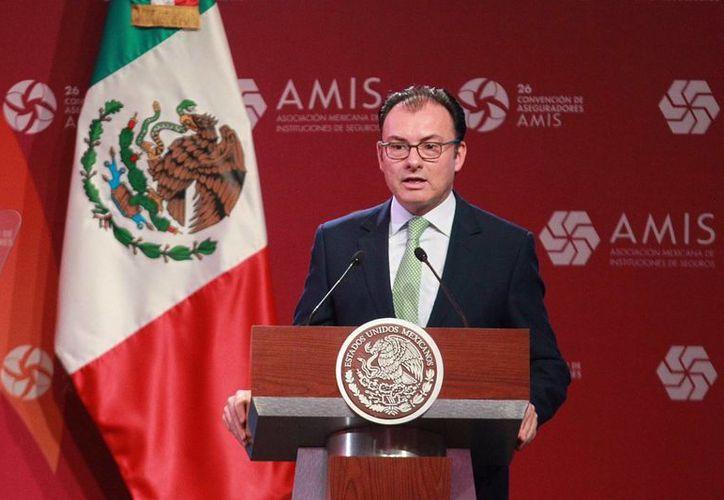 El secretario de Hacienda destacó la estabilidad de la industria aseguradora en Mexico. (Notimex)