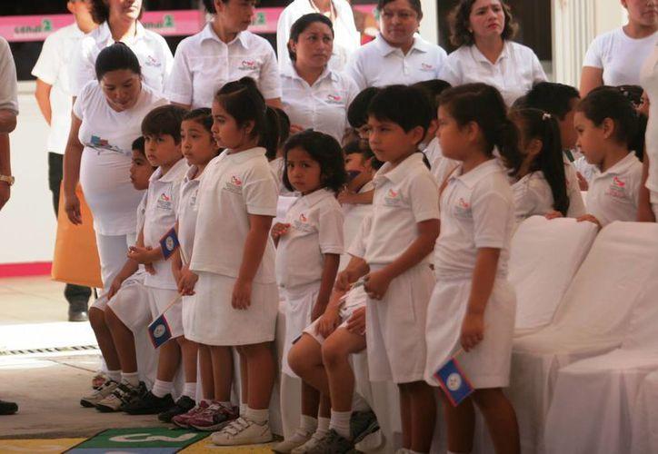 Todos los niños en edad escolar tendrán un espacio seguro en alguna escuela. (Eddy Bonilla/ SIPSE)