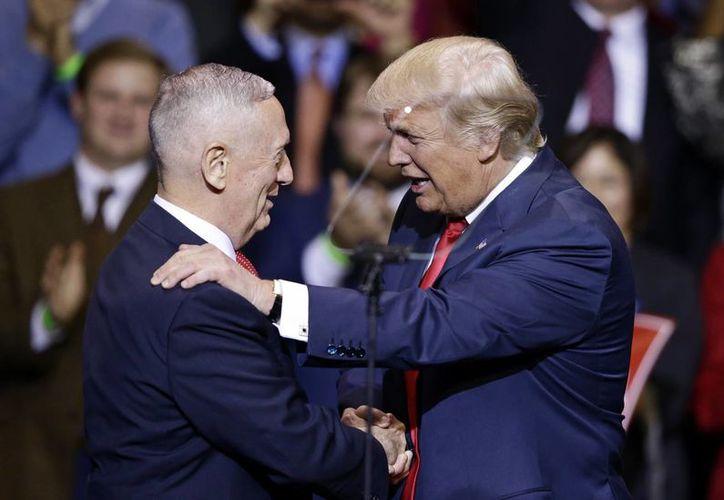 James Mattis fue nominado por Donald Trump como titular del Departamento de Defensa, un puesto estratégico en la administración norteamericana. (AP/Gerry Broome)