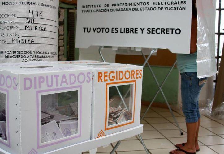 La Fepade realiza visitas a los módulos del Instituto Nacional Electoral para corroborar los trámites de las credenciales de elector. (Milenio Novedades)