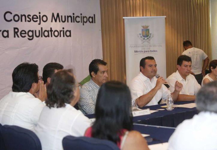 El Consejo Municipal de Mejora Regulatoria tiene como objetivo la simplificación de trámites en Mérida. (SIPSE)