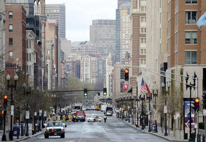Fotografía que muestra la avenida Boylston, lugar donde se produjeron los atentados en Boston. (EFE)