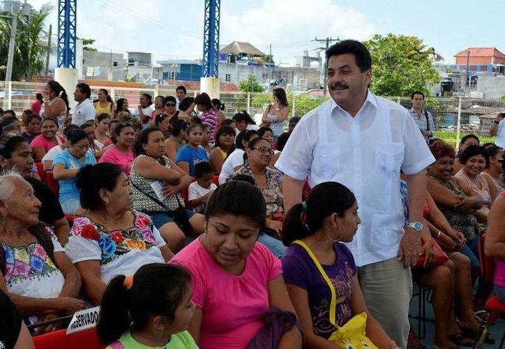La Secretaría de Desarrollo Social (SEDESOL), entregó apoyos económicos bimestrales. (Redacción/SIPSE)