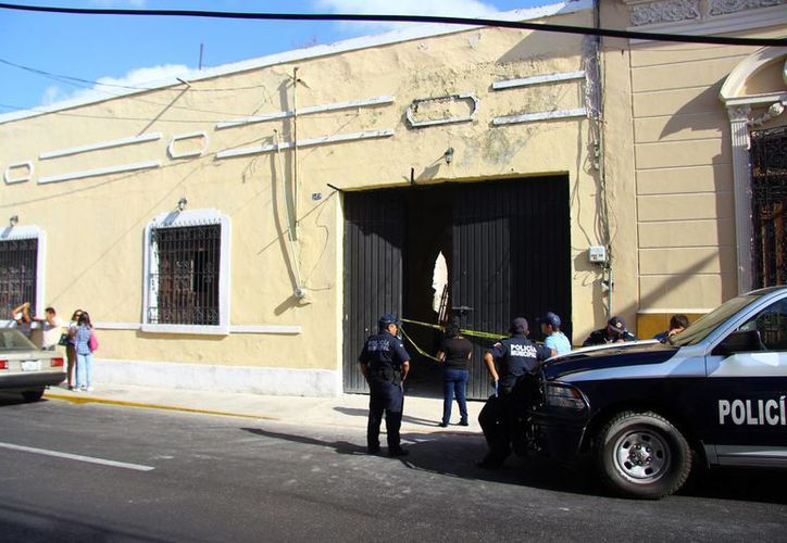 El accidente tuvo lugar en un predio de la calle 61, del centro de Mérida. (SIPSE)