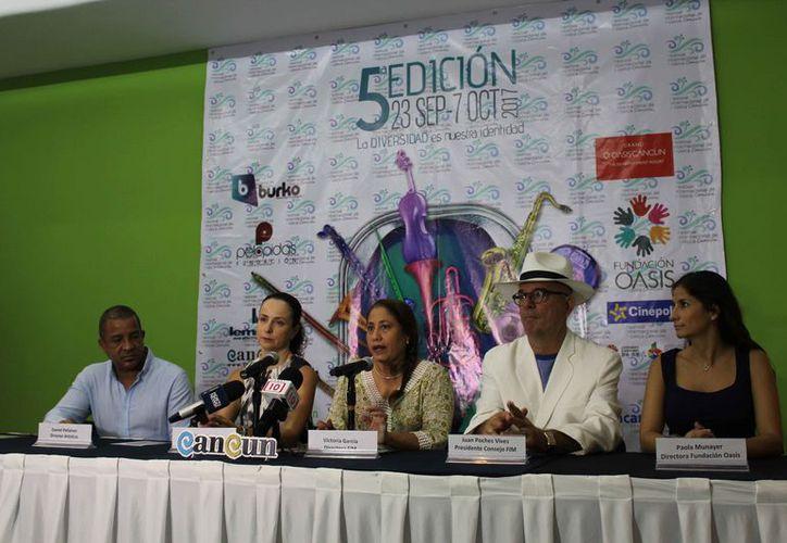 Los presentadores del festival señalaron que se realizarán diversas actividades durante el evento. (Redacción)