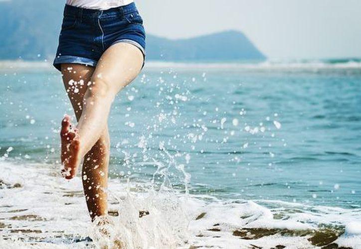 Estos son los beneficios para tu salud, al ir a la playa. (Especial)