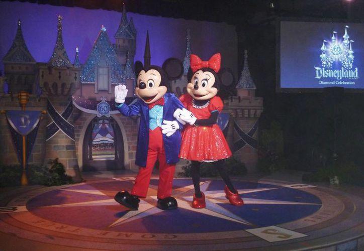"""Entre las novedades relacionadas con las fiestas por el 60 aniversario de Disneylandia está la modificacion de atracciones clásicas como """"Haunted mansion"""", """"Matterhorn Bobsleds"""" y """"Peter Pan's flight"""". (Notimex)"""