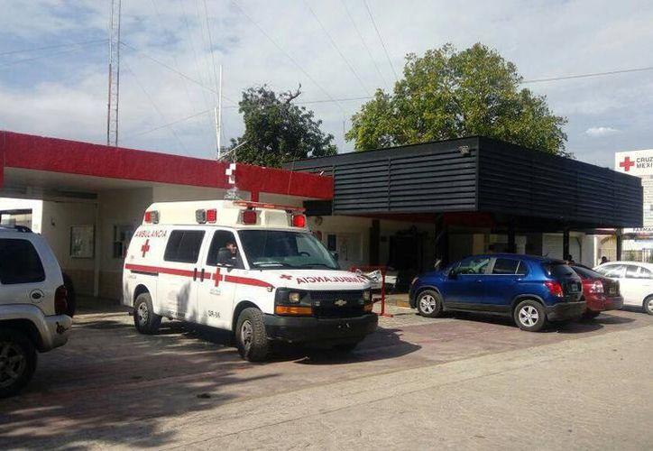 El afectado se trasladó por sus propios medios a las instalaciones de la Cruz Roja Mexicana. (Foto: Eric Galindo)