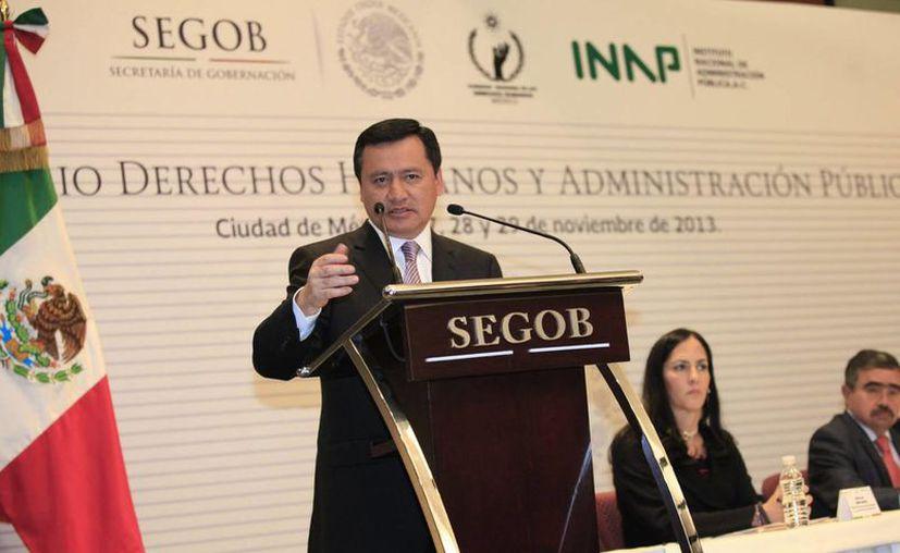 Osorio Chong manifestó que se continúa avanzando en el rescate de la seguridad en Guerrero. (Notimex)
