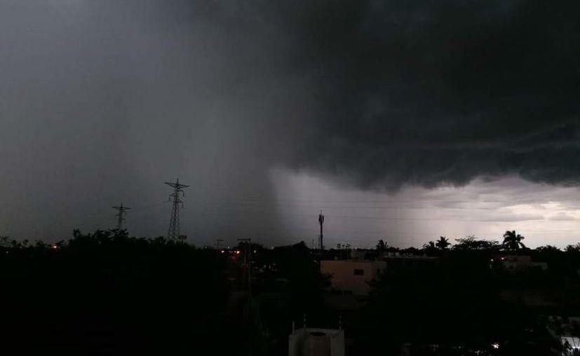 Las lluvias y tormentas continuarán durante todo este fin de semana. (Russell Vazcal)