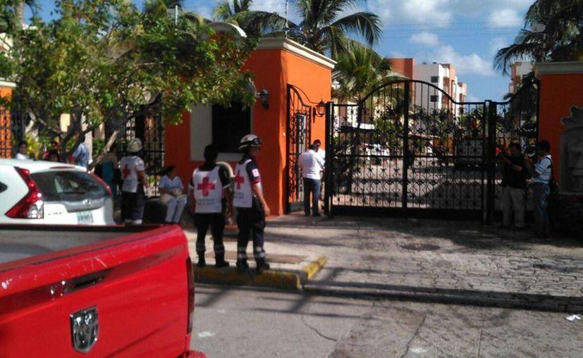 Los paramédicos llegaron al lugar, pero no se registraron personas lesionadas.
