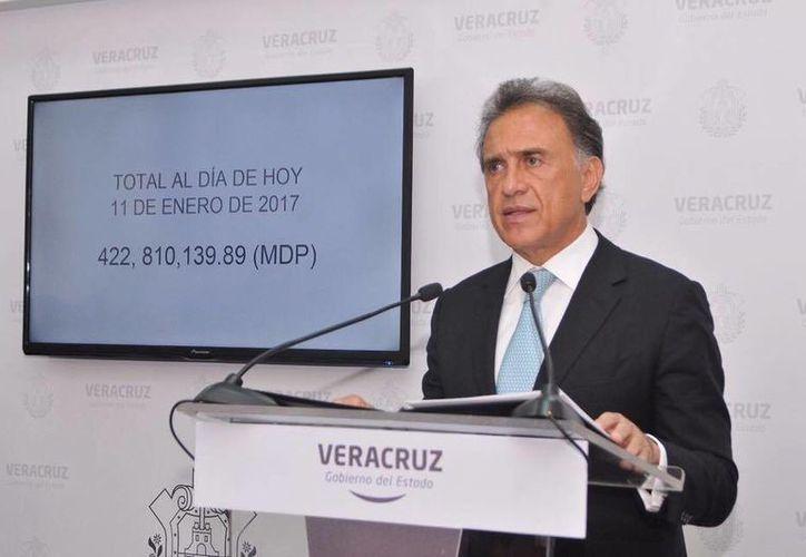 Hasta el momento se han recuperado más de mil millones de pesos que fueron desviados durante la administración de Javier Duarte en Veracruz. (Facebook/Miguel Ángel Yunes)