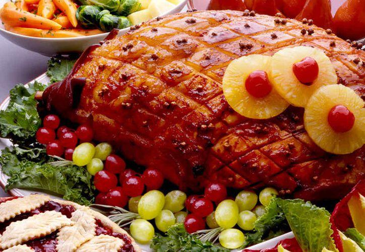 El jamón con piña y cereza es una buena opción para esta Navidad. (Foto: Contexto)